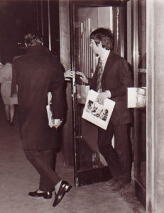 "Paul McCartney carrying ""Hums of the Lovin Spoonful"""
