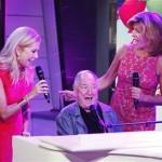 Neil Sedaka serenades Kathie Lee Gifford